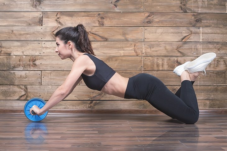 WHAT EXERCISES CAN BE PERFORMED BY AN AB WHEEL